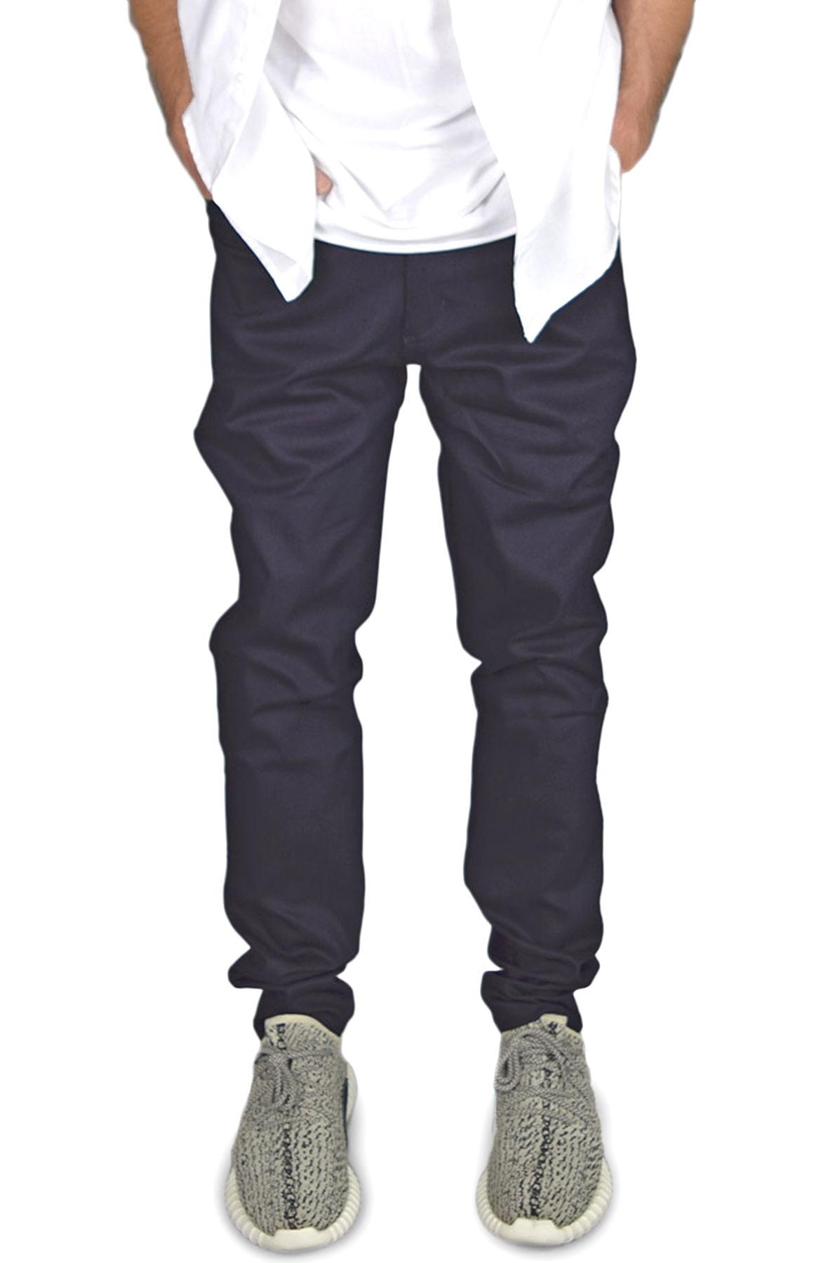 Image of The Stacks Tapered Denim Jeans in Indigo