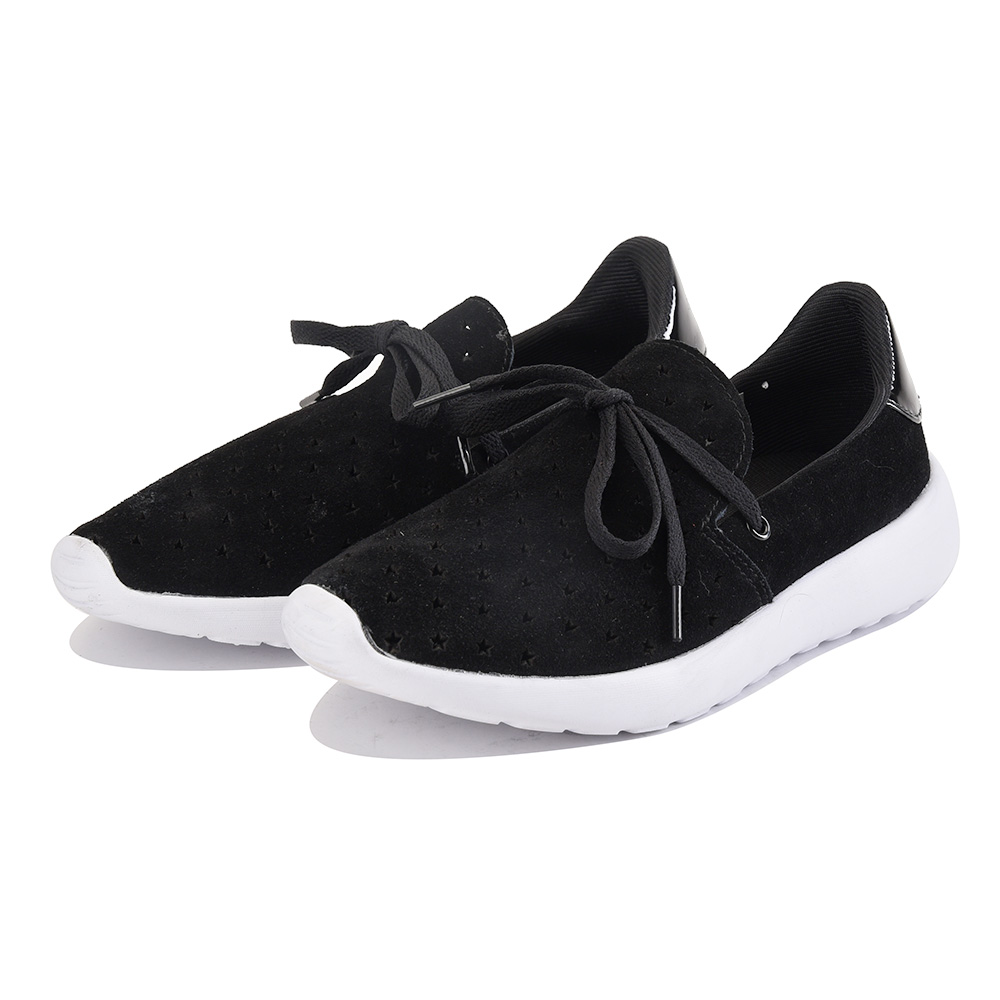 Image of Y.R.U. for Women: Beem Stars Black Sneaker