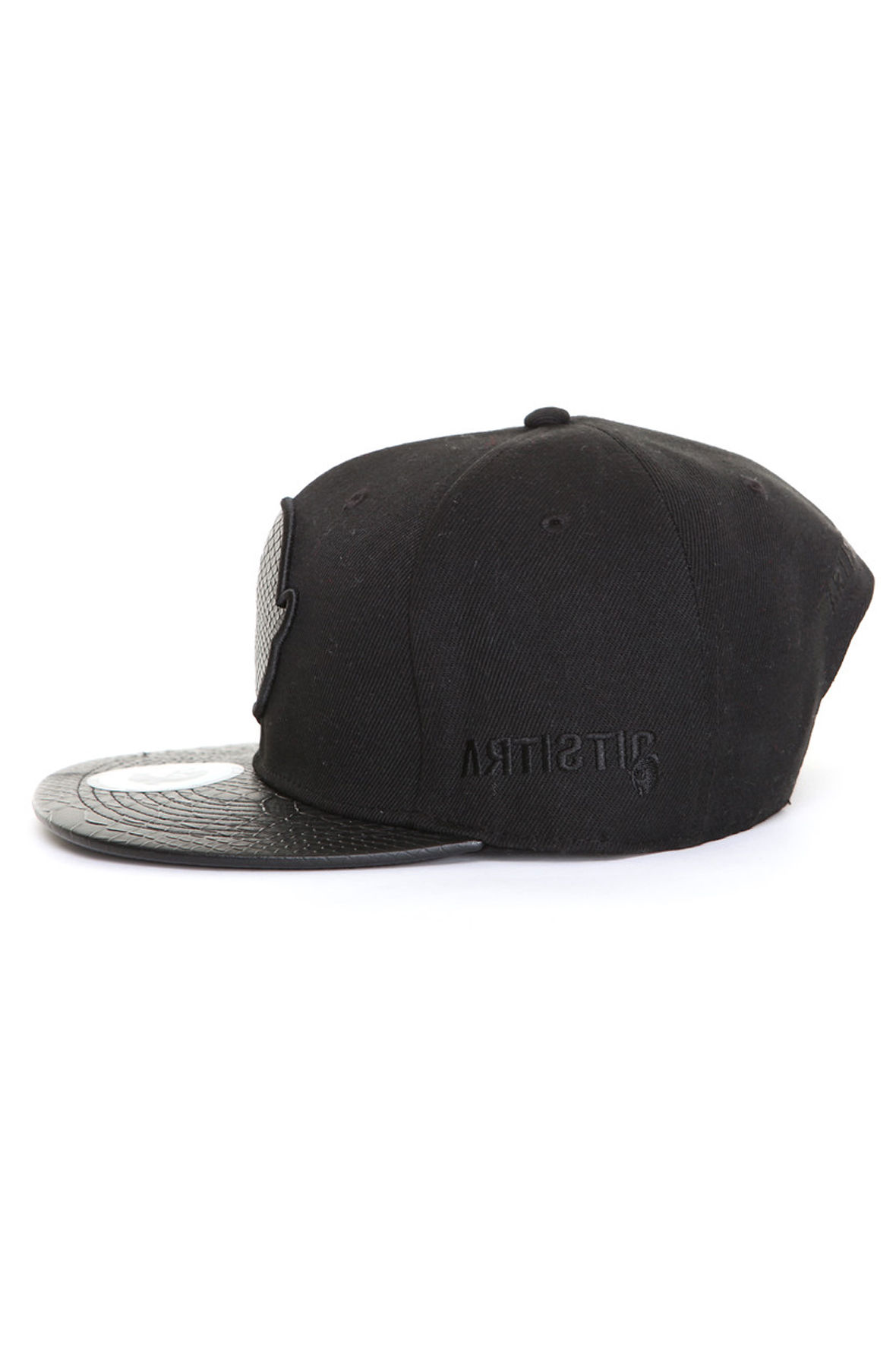 https   www.karmaloop.com product undefeated-black-the-speed-tone ... 29decb80cf54