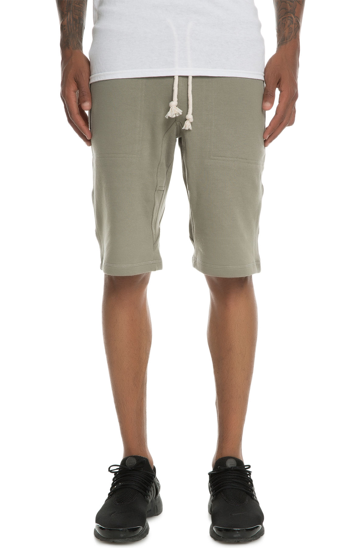 Image of The Laurencio Fleece shorts in Olive