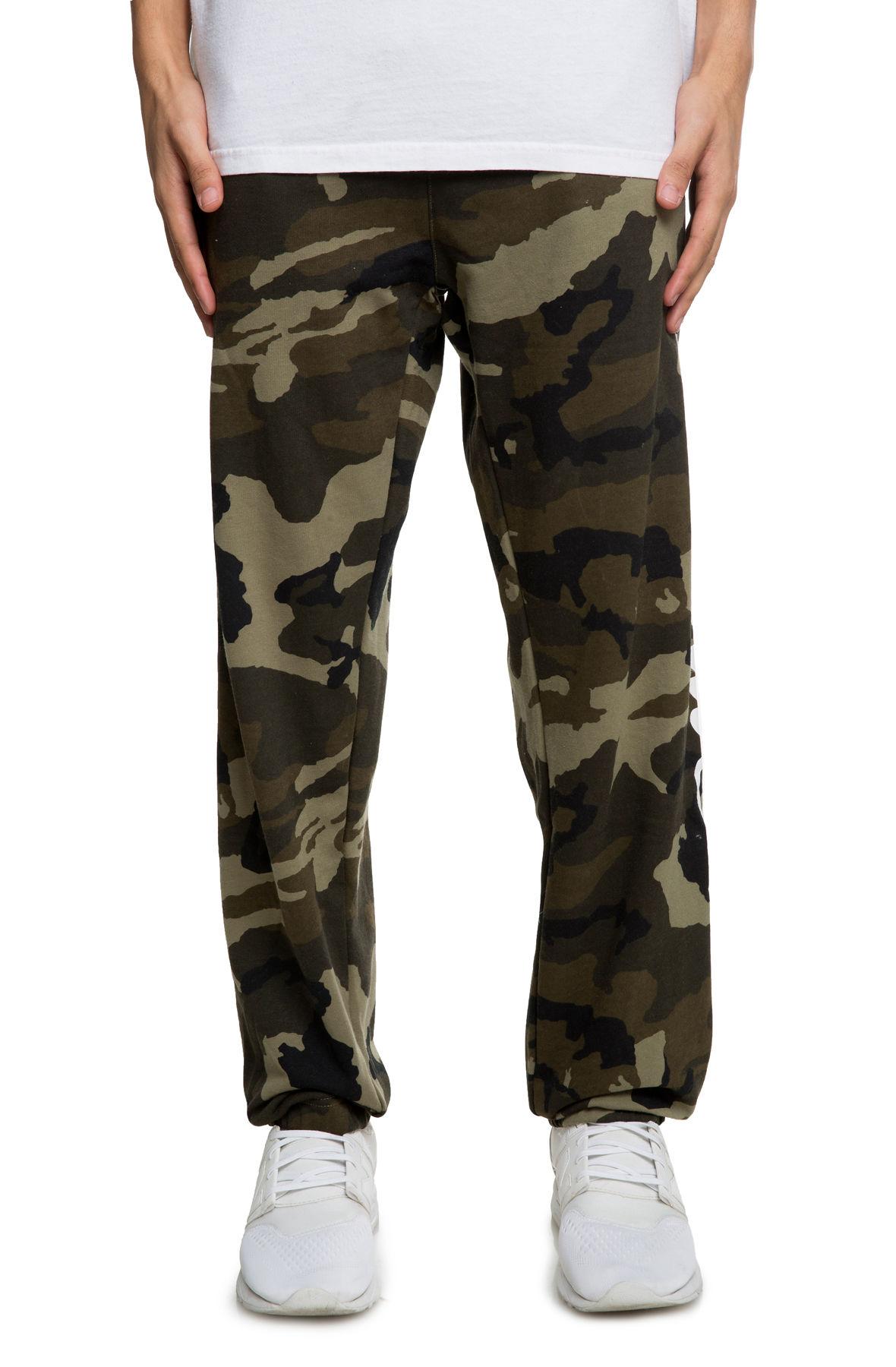Image of The Nuevo Fleece Pants in Camo