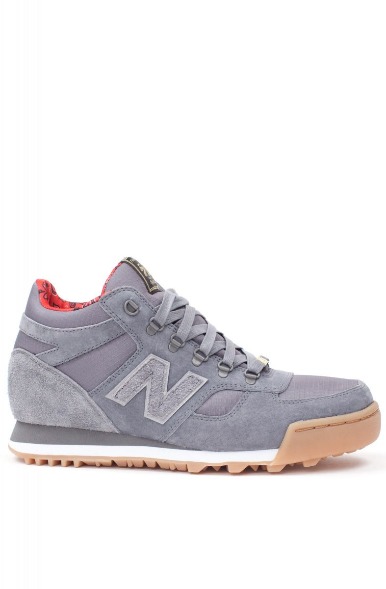 469f0c9bc01a The New Balance x Herschel 710 Sneaker in Grey ...