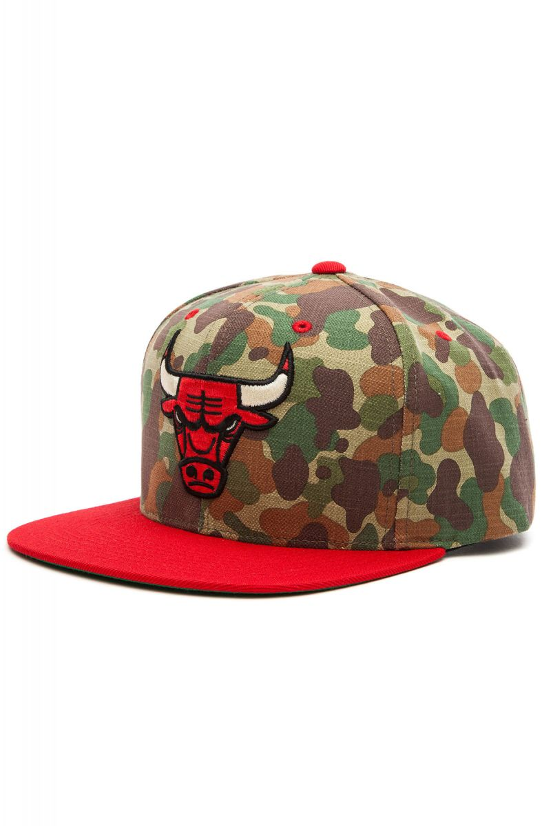 Mitchell   Ness Hat Chicago Bulls Strapback Camo 5bf368c3e67f