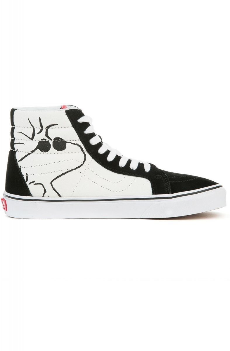 3e28f03310f39e ... The Unisex Vans x Peanuts Sk8-Hi Reissue in Joe Cool Black ...