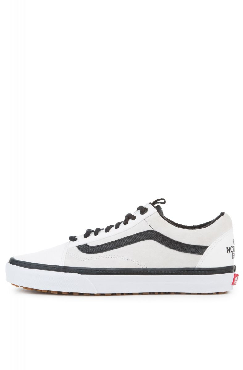 7c3224125007ed The Vans X The North Face Old Skool MTE DX in TNF