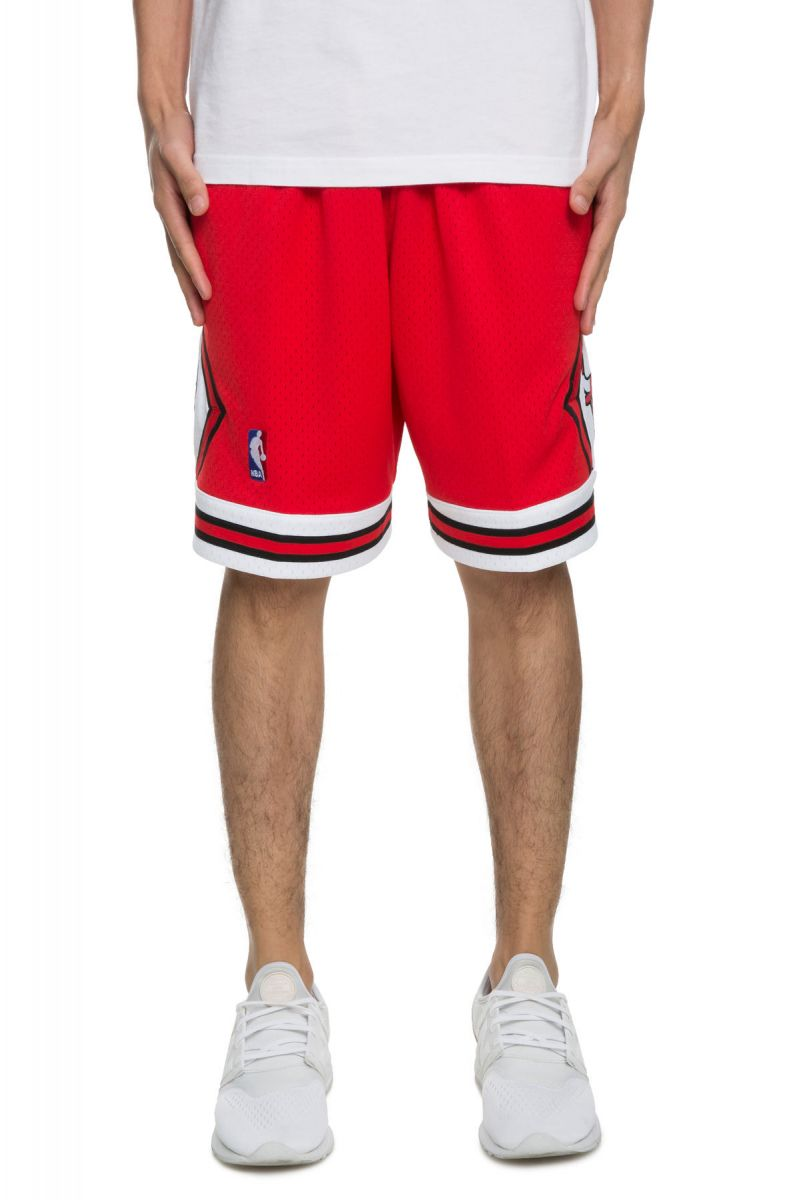 5411691a0cb Mitchell   Ness Shorts Chicago Bulls Swingman Scarlet Red