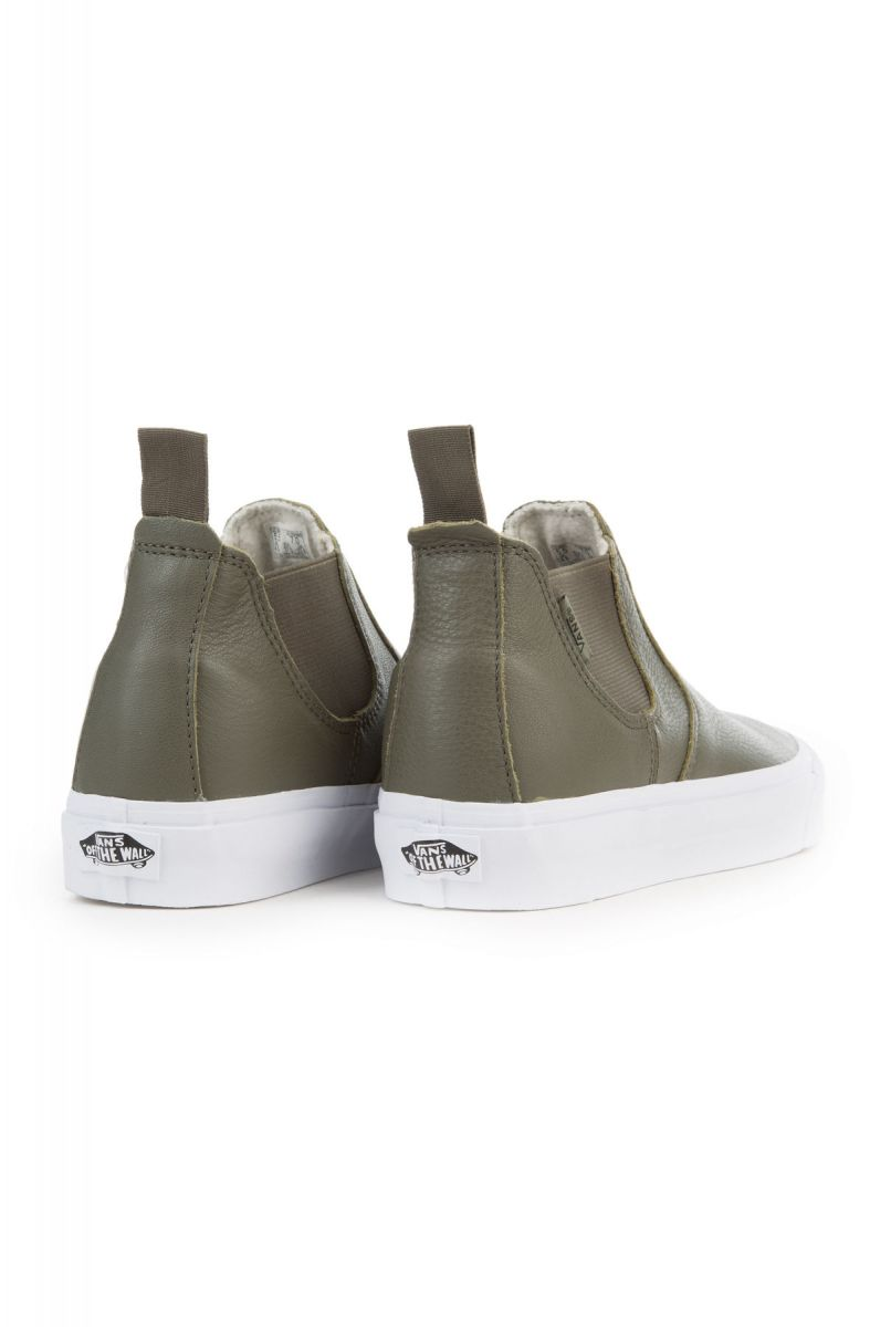 f5ccd29ceee ... The Women s Leather Classic Slip-On Mid DX in Grape Leaf and True White  ...