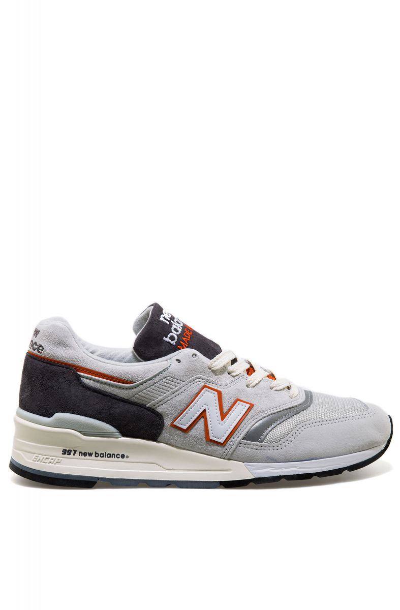 big sale 514fe 8d25e The 997 Sneaker in Grey & Orange