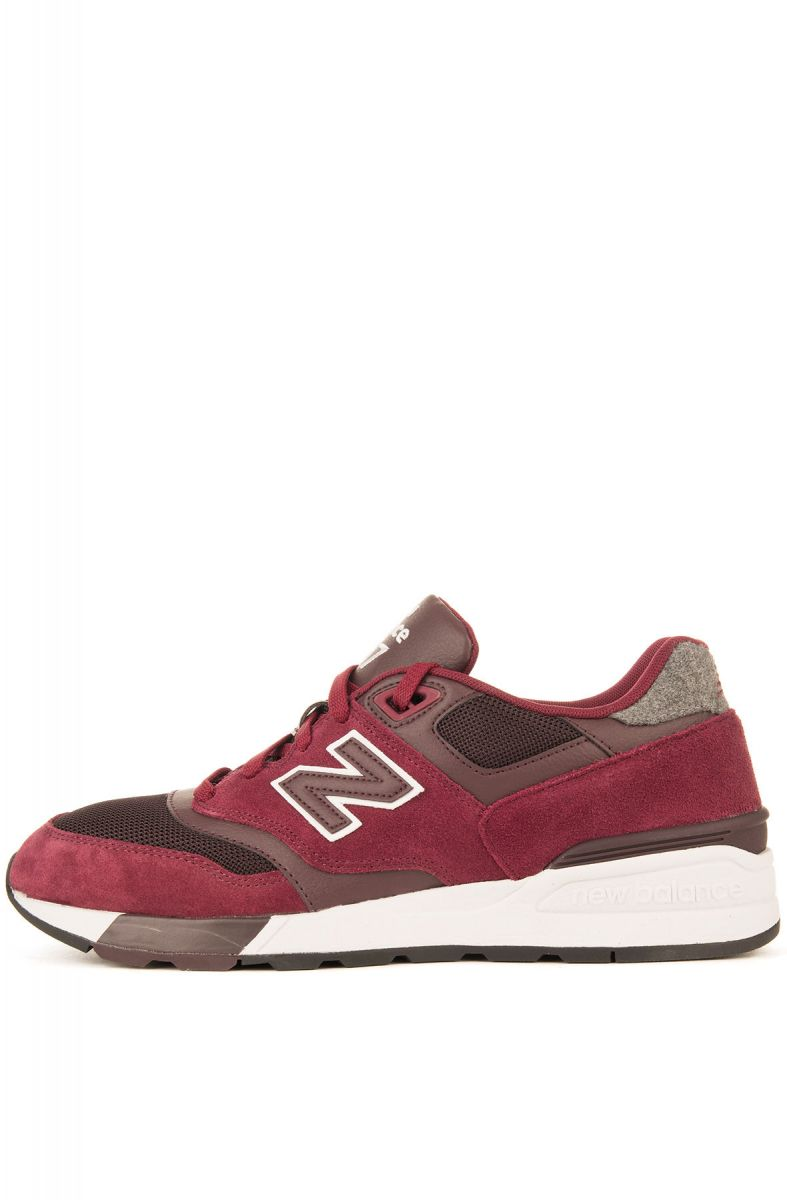 new concept de23f 204b0 The New Balance 597 Sneakers in Red