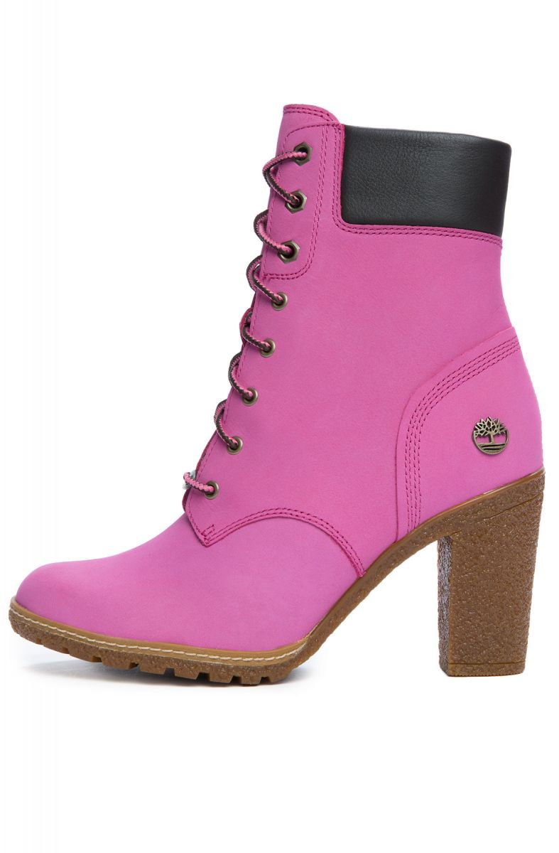 c76185ee7b8b7 Timberland Boots x Susan G. Komen Women's 6