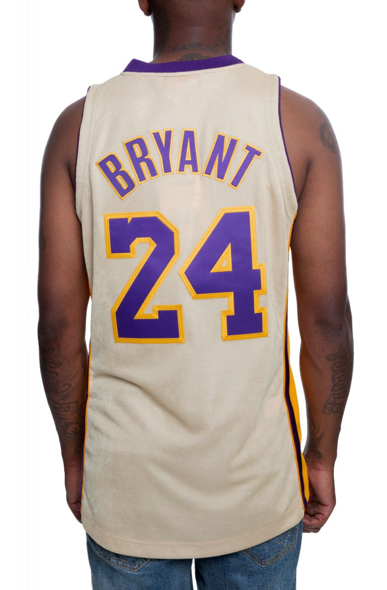 Authentic Los Angeles Lakers Kobe Bryant Jersey