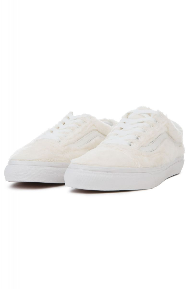78080917db ... The Women s Old Skool Sherpa in Turtledove and True White ...