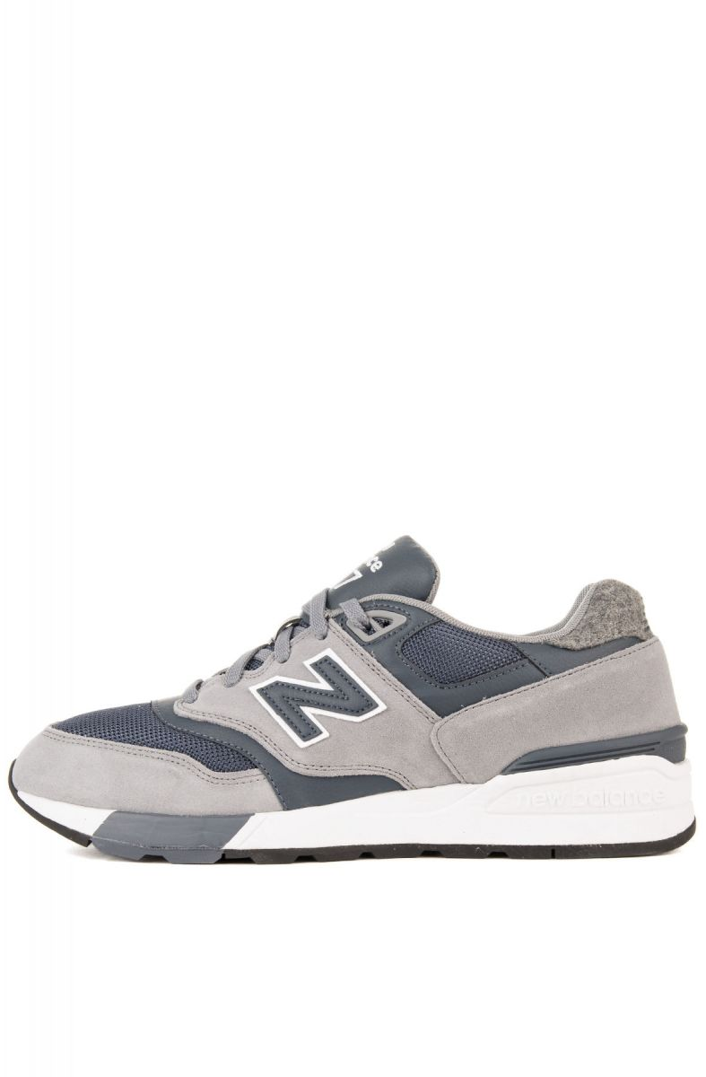 best website f25d3 a3dee The New Balance 597 Sneakers in Gunmetal & Thunder