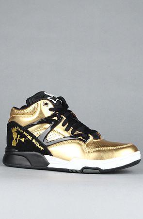 The Reebok Pump Omni Lite Affiliart X Basquiat Sneaker in Gold   Black 927980d22
