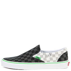 a53c428a75214a The Men s U Classic Slip-On Vanscii in Checker Blanc de Blanc