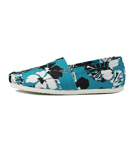 049f22800ad9 Toms for Women  Classic Blue Black Canvas Printed Tropical