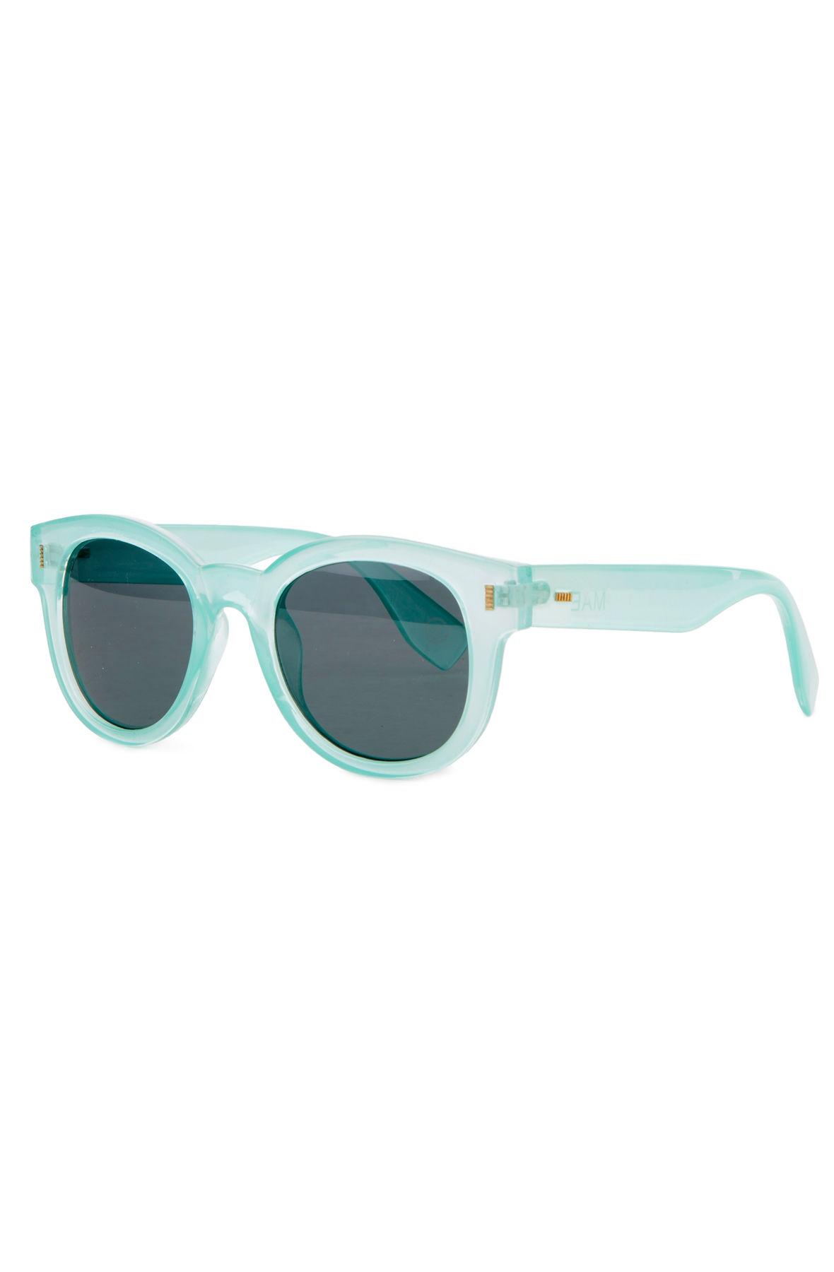 The Mae Cateye Sunglasses in Mint